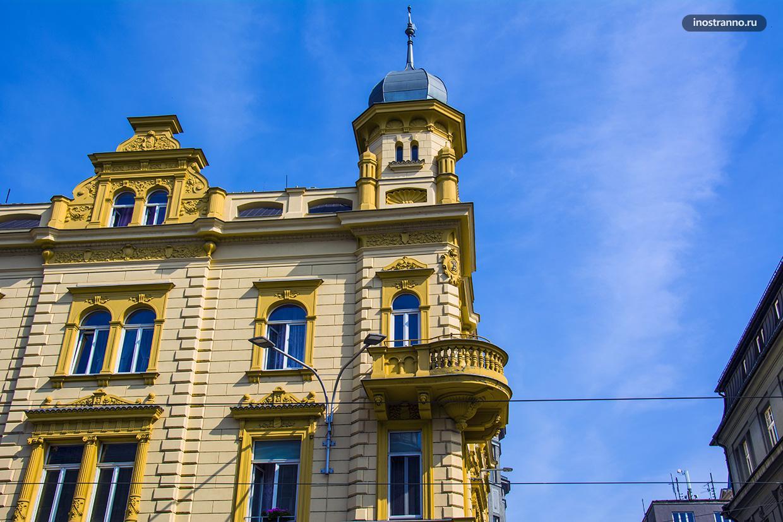 Архитектура маленького города в Чехии