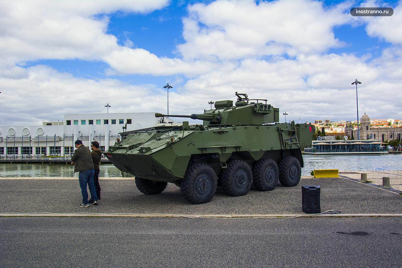 Многоцелевая колёсная боевая бронированная машина