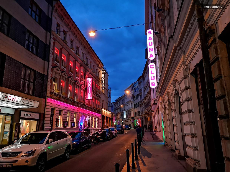 Где находится кабаре в Праге