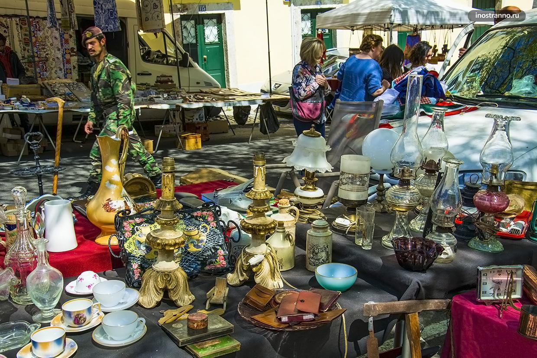 Блошиный рынок Санта-Клара в Алфаме