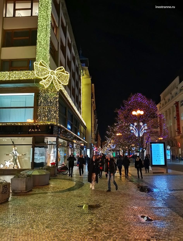 Украшение улиц на Новый год в Праге