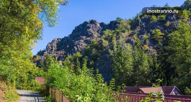 Дивока Шарка – крупный лесной массив в Праге для трекинга