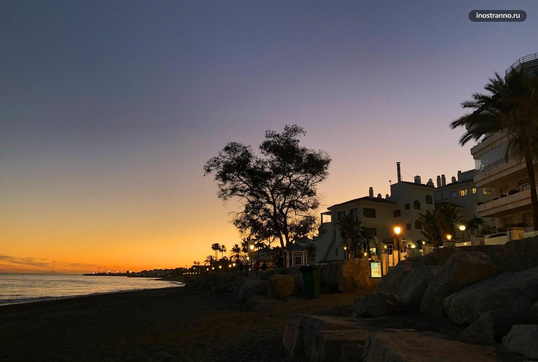 Красивый закат в Испании