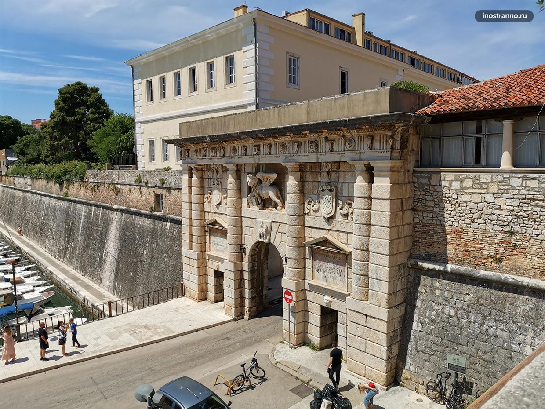 Ворота в старый город Задара
