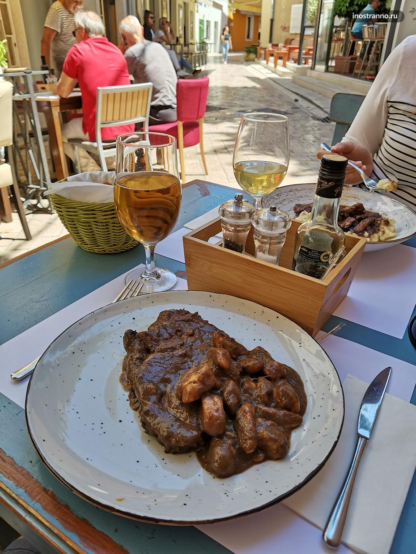 Традиционное хорватское мясное блюдо пастицада