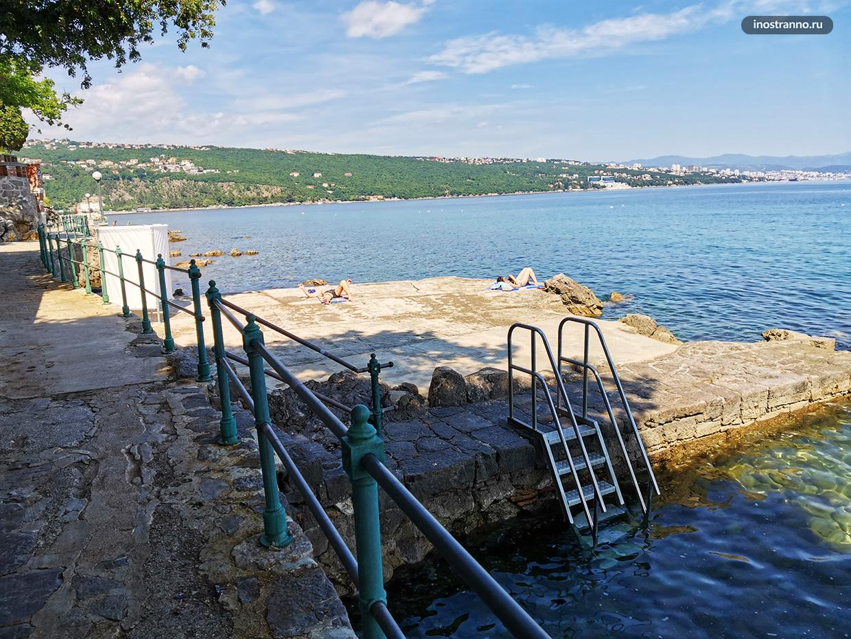 Городской пляж в Хорватии