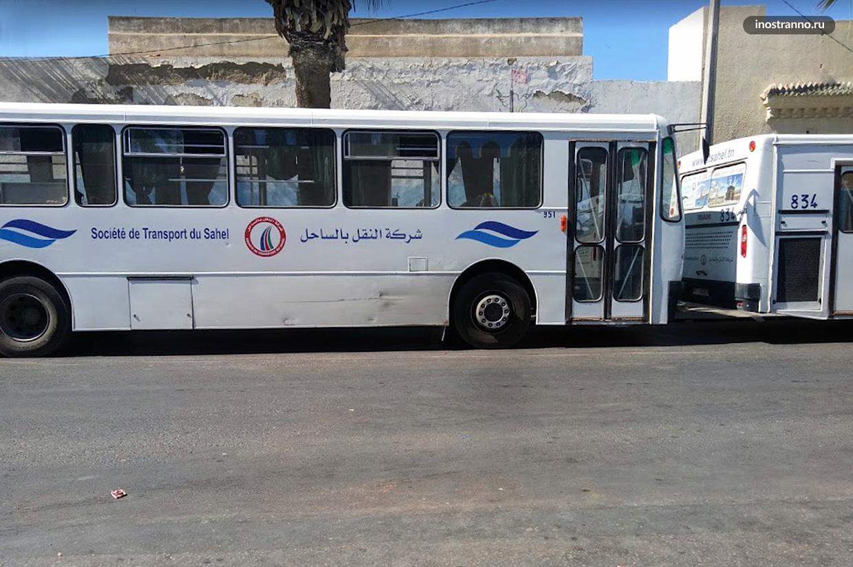 Автобус в Энфиде Тунис
