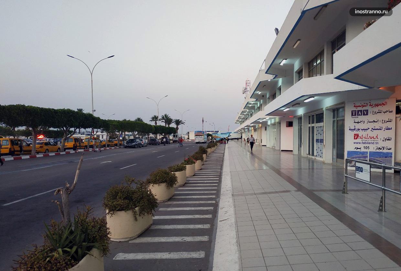 Трансфер на автобусе из аэропорта Монастир